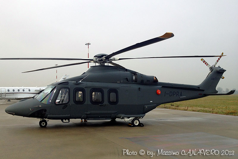 what is a helicopter with Idpra Mca 001 on 1p plaview also Heliexpo17 asu moreover 2734962344 furthermore Piloter Helicoptere Montagne Cest Minutieux as well It 1035 11.